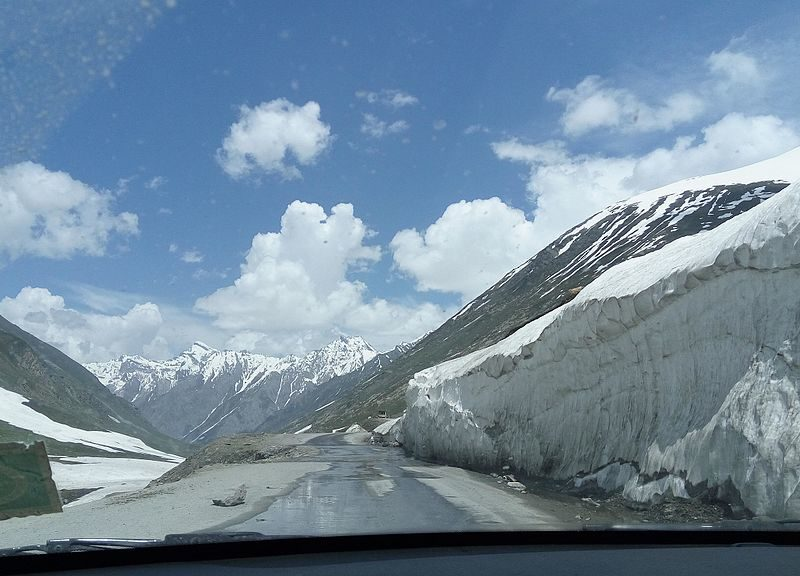 ladakh and kashmir tour